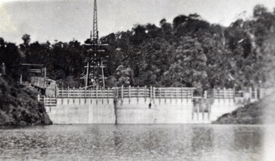 The top dam filling as it nears completion., TC7894