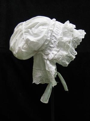 Bonnet; 1983.13.1a