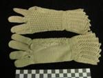 Child's Crocheted Glove; 1988.4.1