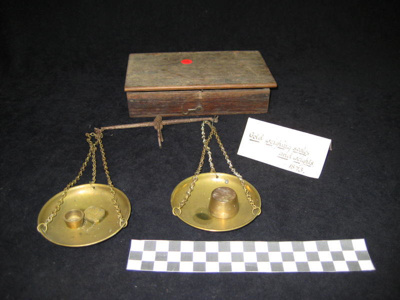 Gold weighing scales and weights 1893.
