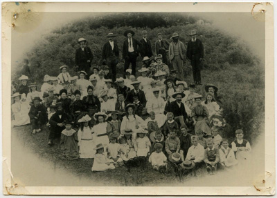 School picnic at Te Uku; circa 1900; 1969.3.1