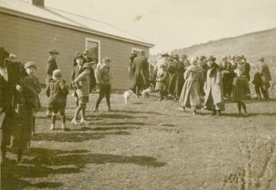 Photograph [A Church Sale at the Ratanui Manse]; [?]; c1920; CT79.1034b