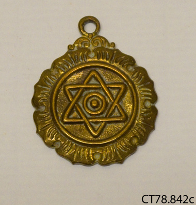 Badge; [?]; [?]; CT78.842c