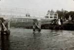 Photograph [River bridge]; [?]; [?]; CT86.1836e