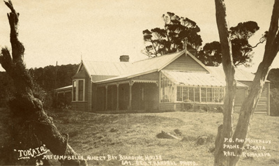"""Photograph [""""Tokata"""", Mrs Campbell's Nugget Bay Boarding House]; Randall, George T; Early 20th century; CT88.1853s"""