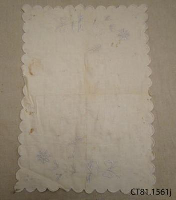 Cloth, tray; [?]; [?]; CT81.1561j
