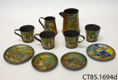 set, toy tea; [?]; [?]; CT85.1694d