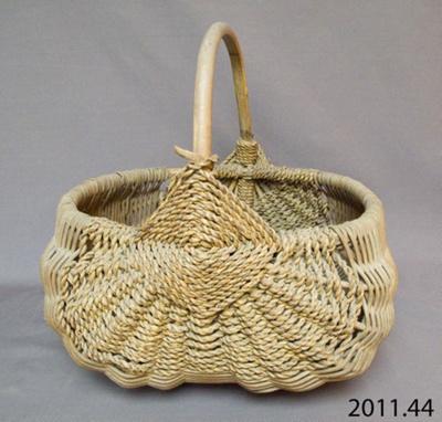 Basket; 2011.44