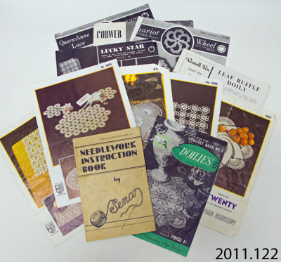 Booklets, crochet instruction; 20th century; 2011.122