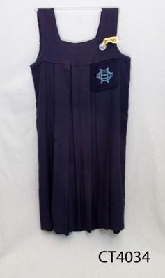 School uniform; [?]; early 20th century; CT 4034
