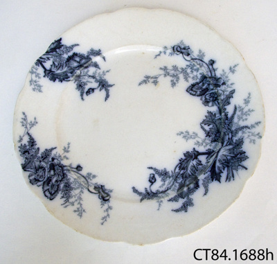 Plate, dinner; Johnson Bros, Hanley Ltd; Post 1900; CT84.1688h