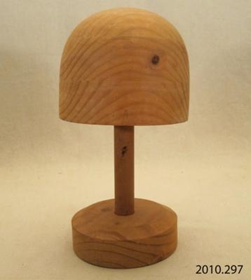 Block, hat; Johnson Mathews[?]; [?]; 2010.297