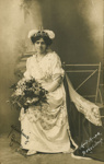 Photograph [Carnival princess?]; Muir Moodie, Balclutha; early 20th century; CT82.1298m