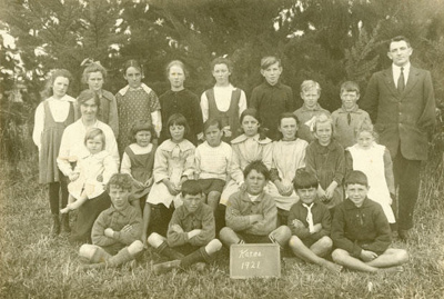 Photograph [Katea School Pupils, 1921]; [?]; 1921; CT78.279c