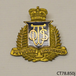 Badge [Otago and Southlad Women's Patriotic Association]; Moller; c1919; CT78.850j