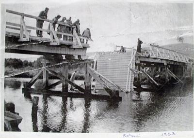 Photocopy [Ratanui Bridge, 1953]; [?]; 1953; CT08.4846.13