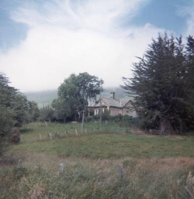 Photograph [Cooper House, Ratanui]; [?]; c1985; CT84.1684h