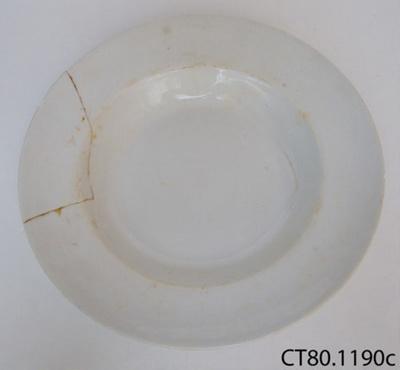 Plate, soup; Alfred Meakin (Ltd); Post 1907; CT80.1190c