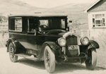 Photograph [Hearse]; [?]; 20th century; CT98.2081r