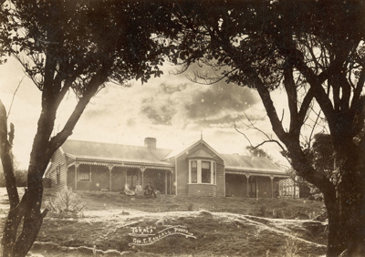 """Photograph [""""Tokata"""", Nugget Bay Boarding House]; Randall, George T; Early 20th century; 2010.528"""