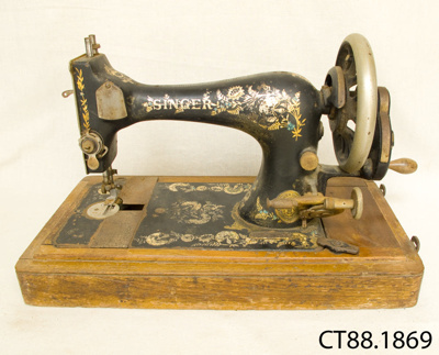 Machine, sewing; Singer Manufacturing Co; November 1901; CT88.1869