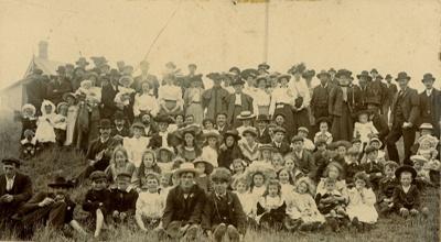 Photograph [Katea picnic, 1897]; [?]; 1897; CT83.1650e