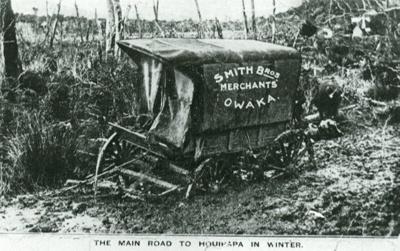 Photograph [Smith Bros express wagon, Houipapa]; [?]; c1900; 2010.727
