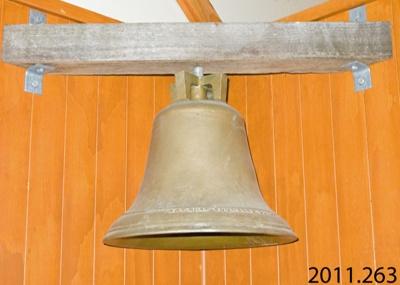 Bell; A & T Burt; [?]; 2011.263