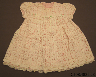 Dress, girl's; Jones, Dawn (Mrs); 1950s; CT08.4822.23