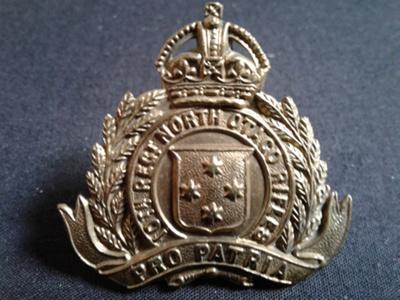 Army hat badge, 10th Regiment, North Otago Rifles.; 0000.0106