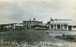 Photograph [Railway Hotel, Owaka]; [L. M ?] King; early 1900s; CT79.1070c