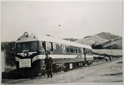 Photograph [Rail-car, Glenomaru]; Devlin, Ken (Mr); 15.03.1958; CT88.1864b
