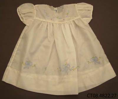Dress, girl's; [?]; 1950s; CT08.4822.27