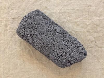 Volcanic Scoria Block; Oceania, New Zealand, South Island, The Catlins, Tautuku; CT2018_1_L