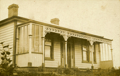 Photograph [Home of Alfred North]; [?]; c1923; CT86.1822b