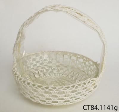Bowl; CT84.1141g