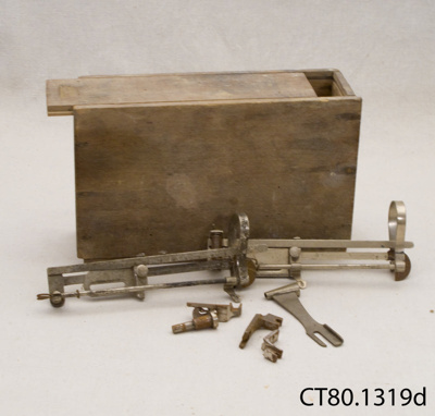 Box of sewing machine parts; [?]; [?]; CT80.1319d