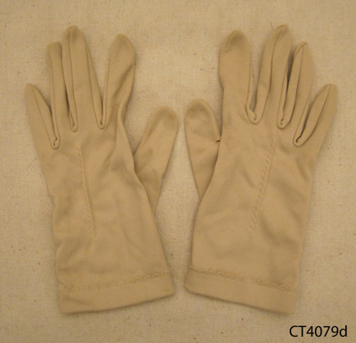 Gloves, ladies; Chancellor; 20th century; CT4079d