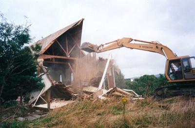 Photograph [Demolishing Anglican Church]; [?]; c2000; 2010.719