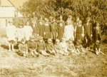 Photograph [School group, Houipapa]; [?]; 1927; CT79.1023c1