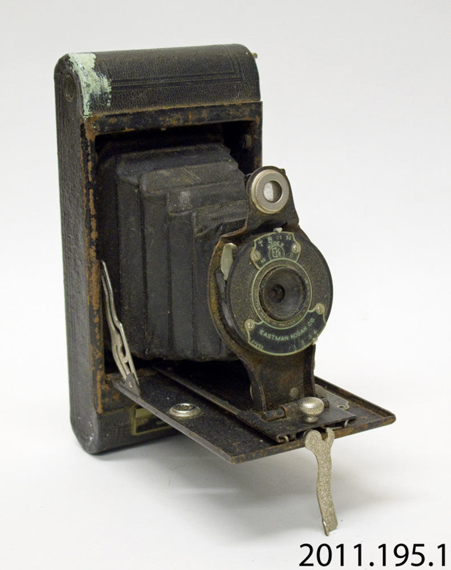 Camera Folding Eastman Kodak Co 2011 195 1 On Ehive