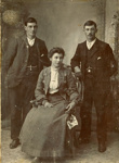 Photograph [James, Bessie and William Burrows]; [?]; c1900; CT79.1021b