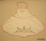 Apron, girl's; [?]; 1940s; CT4104.2