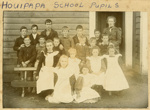 Photograph [Houipapa school pupils]; [?]; [?]; CT79.1024a