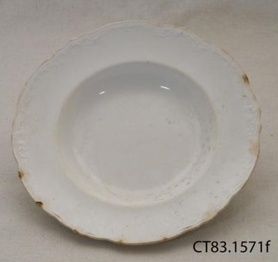 Plate, dessert; Alfred Meakin (Ltd); c1907; CT83.1571f