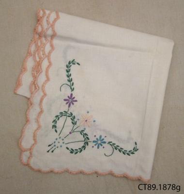 Cloth, afternoon tea; [?]; [?]; CT89.1878g