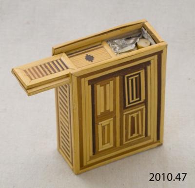Case, cigarette; [?]; [?]; 2010.47