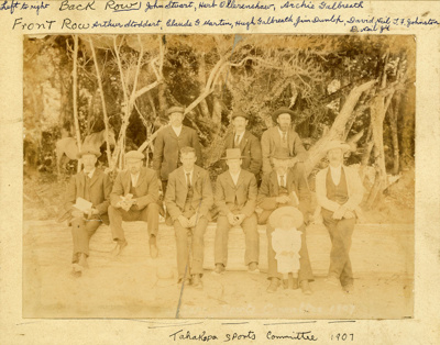 Photograph [Tahakopa Sports Committee]; [?]; 1907; CT83.1481b