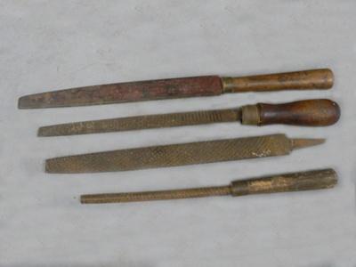 Carpenters rasps; 284