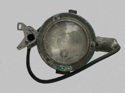 Signalling Lamp; 9